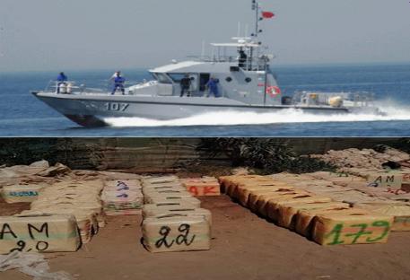 القوات البحرية تجهض عملية تهريب المخدرات بعرض سواحل الحسيمة.