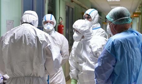 عاجل..تسجيل 589 حالة مؤكدة جديدة « بفيروس كورونا « بالجهة الشرقية منها 142 حالة بإقليم بركان
