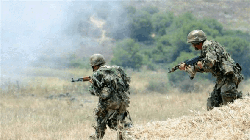 وزارة الدفاع الجزائرية مقتل عسكريين اثنين وأربعة إرهابيين في اشتباك بشمال الجزائر