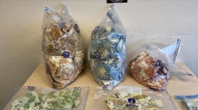 شرطة بروكسيل تلقي القبض على مواطن مغربي وبحوزته مبلغ 1.785.000 يورو