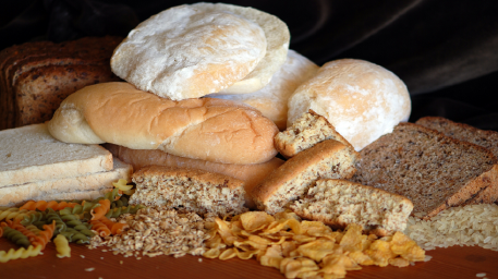 تناول الكثير من الخبز الأبيض والمعكرونة في نظامك الغذائي! خطر صحي  يهدد صحتك