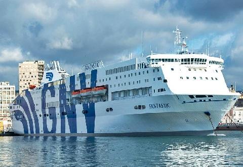 المغرب يعلق رحلاته البحرية مع إيطاليا الى غاية 16 أبريل المقبل. وسط تخوف الجالية