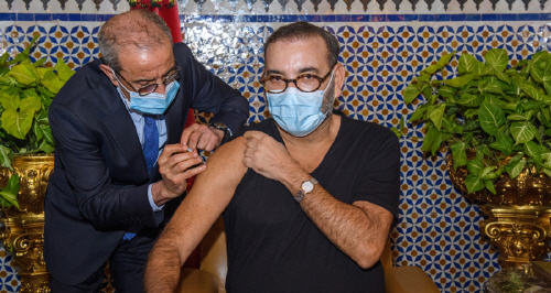 إذاعة هولندية : المغرب يتفوق على جيرانه الأوروبيين في مجال تعميم اللقاحات