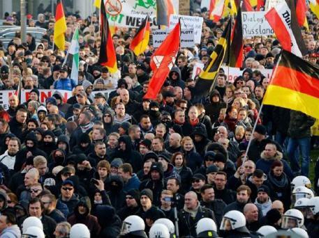 مسيرات في ألمانيا ترفض استمرار قيود تدابير جائحة كورونا