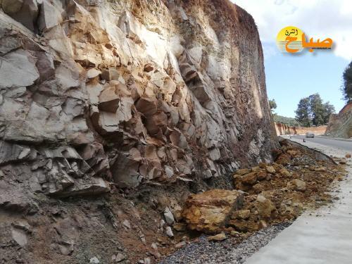 لعنة الانهيارات الصخرية تطارد طريق تافوغالت بركان