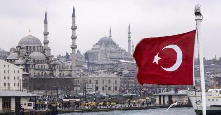 رئاسة الشؤون الدينية التركية تقرر إقامة صلاة التراويح بالمنازل في رمضان