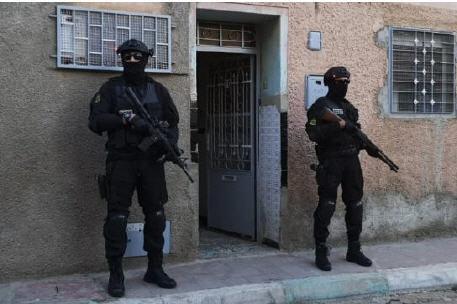 بعد انتهاء البحث معهم خلية وجدة الإرهابية تمثل اليوم أمام النيابة العامة