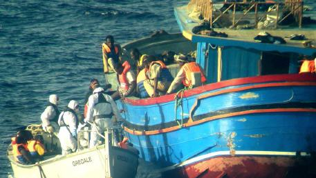 بعد ساعات طويلة من البحث ..البحرية الاسبانية تنقد 23 مهاجرا مغربيا بعد ابحارهم من سواحل الحسيمة