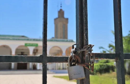 عاجل.. وزارة الأوقاف تمنع صلاة العشاء في المساجد .