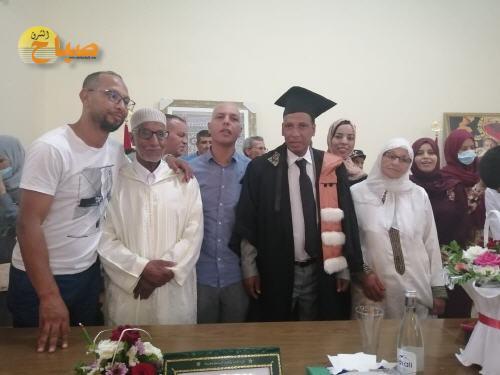 بين العيون سيدي ملوك و الداخلة،الزميل محمد جبار يتوج مساره الأكاديمي بشهادة الدكتوراة