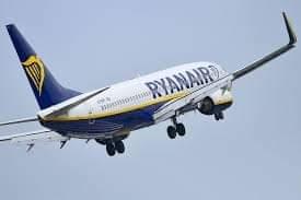 """رحلة لطائرة """"ريانير"""" من تطوان الى مالقا الاسبانية ارعبت الركاب."""