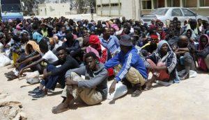 حقوقيون يطالبون بمساعدة مهاجرين دخلوا إلى وجدة عبر الحدود الجزائرية