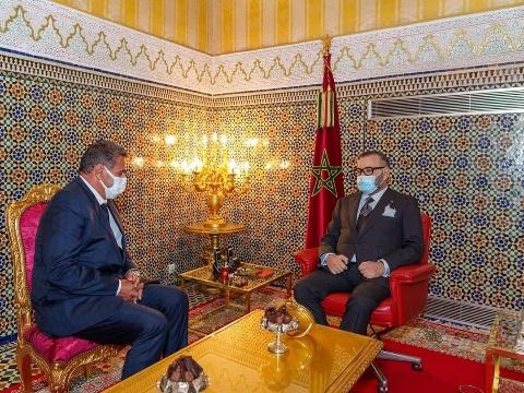 الملك محمد السادس يستقبل عزيز أخنوش ويعينه رئيسا للحكومة ويكلفه بتشكيل الحكومة الجديدة
