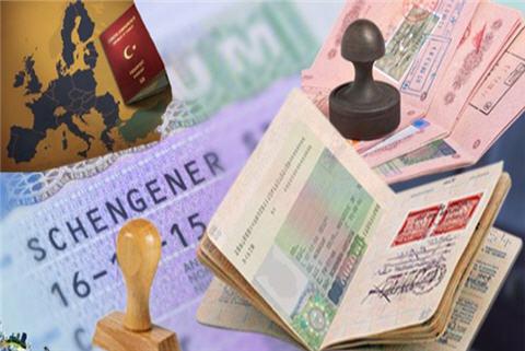 الشرطة الفرنسية تفكك شبكة لتهريب المهاجرين بين المغرب و فرنسا باستعمال تأشيرات تايلاند